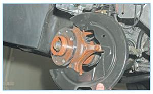 zamena-diska-per-almera-7.jpg
