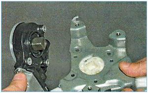 Snjatie-steklopodemnika-zadnej-dveri-9.jpg