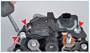 Snjatie-generatora-zamena-reguljatora-15.jpg